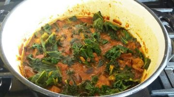 Sirtfood Chicken & Kale Curry